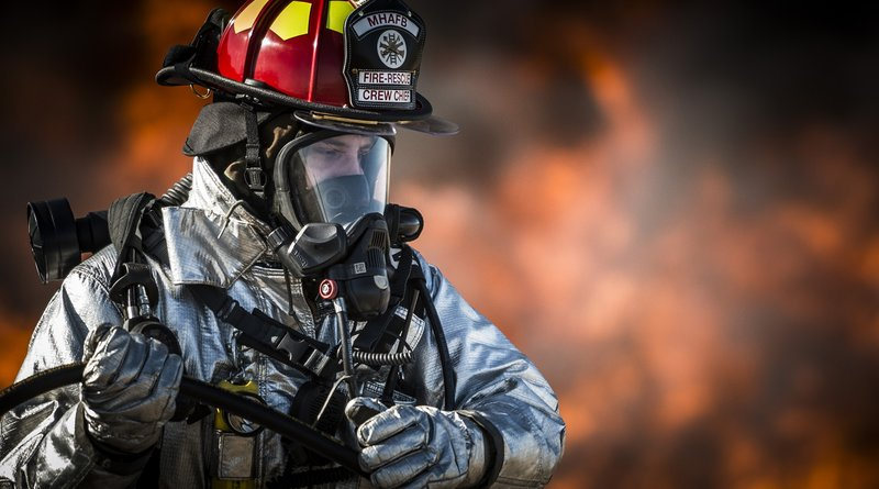Men Firefighter download wallpaper