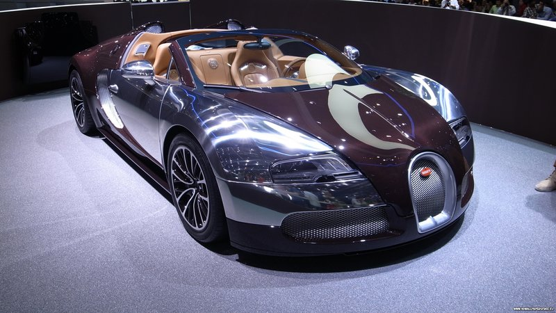 Download wallpaper with cars Bugatti with tags: Lock screen
