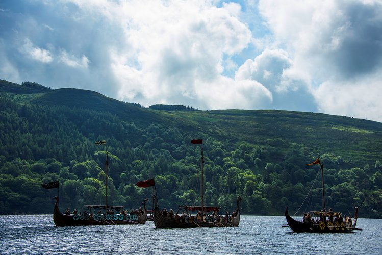 Download Wallpaper From Tv Series Vikings With Tags Pictures
